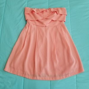 Forever 21 Short Dress. Size Medium. Color Peach.